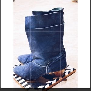 Vintage 90s' Blue suede layered Boots